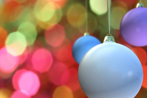 Use mais cores na decoração natalina