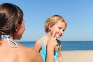 Cuidados com crianças nos dias quentes