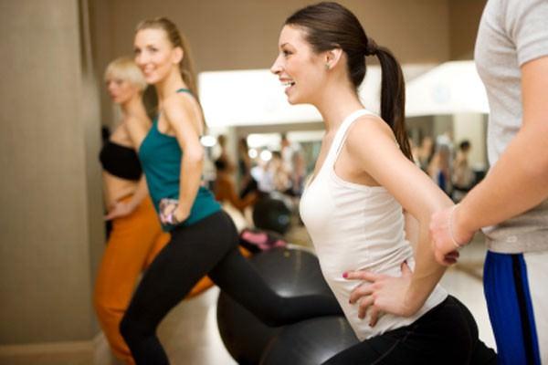Pilates pode ser praticado em grupo?