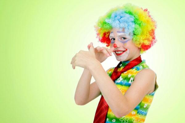 Crianças podem e devem brincar no Carnaval