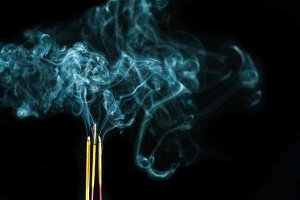 Mitos e verdades sobre incensos