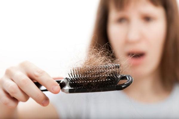 Meu cabelo está caindo, e agora?