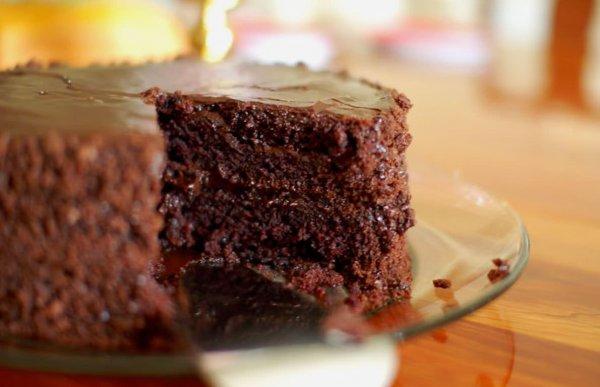 Receita de Bolo Úmido de Chocolate