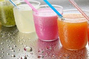 Sucos para fazer bonito no verão
