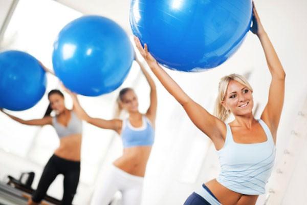 Pilates no combate à dor de coluna