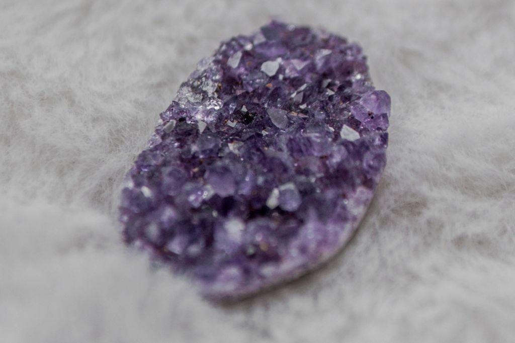 Ametista: a pedra da sabedoria e do equilíbrio