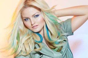 Cabelos coloridos: tendência é misturar tons