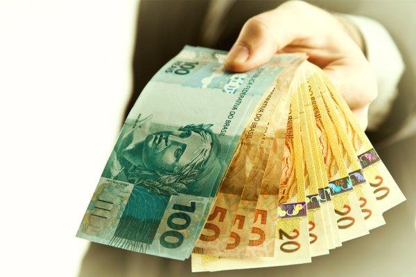 sonhar achando dinheiro sonhar com dinheiro no bolso