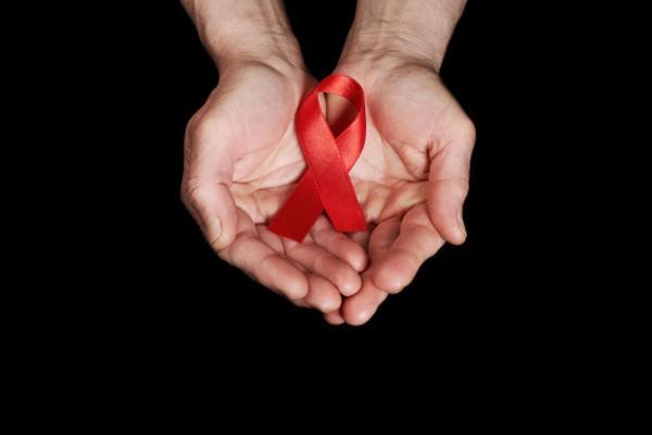 Aids e terapias alternativas