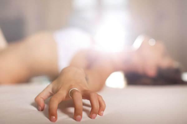 Masturbação feminina: benefícios e como fazer