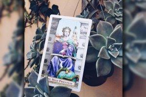 """Tarot: significado do arcano """"A Sacerdotisa"""""""