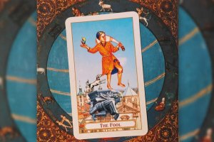 """Tarot: significado do arcano """"O Louco"""""""