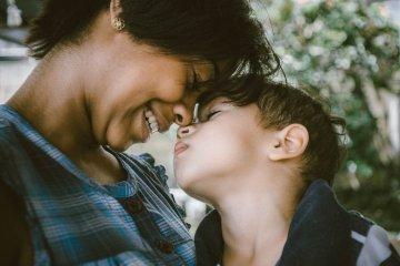 Astrologia desvenda sua relação com os filhos