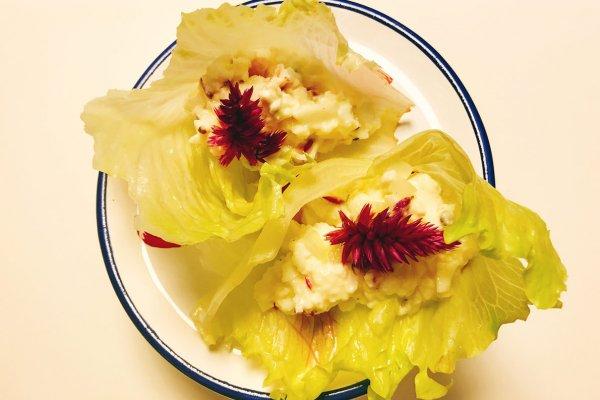 Receita de barquinho com flor de espinafre africano