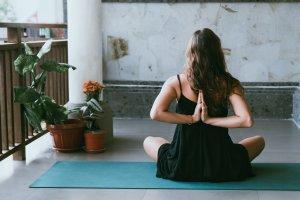 Exercícios de respiração e Yoga para ansiedade