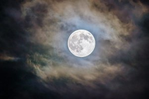 Entenda o que significam Lua Azul, Superlua e Lua de Sangue
