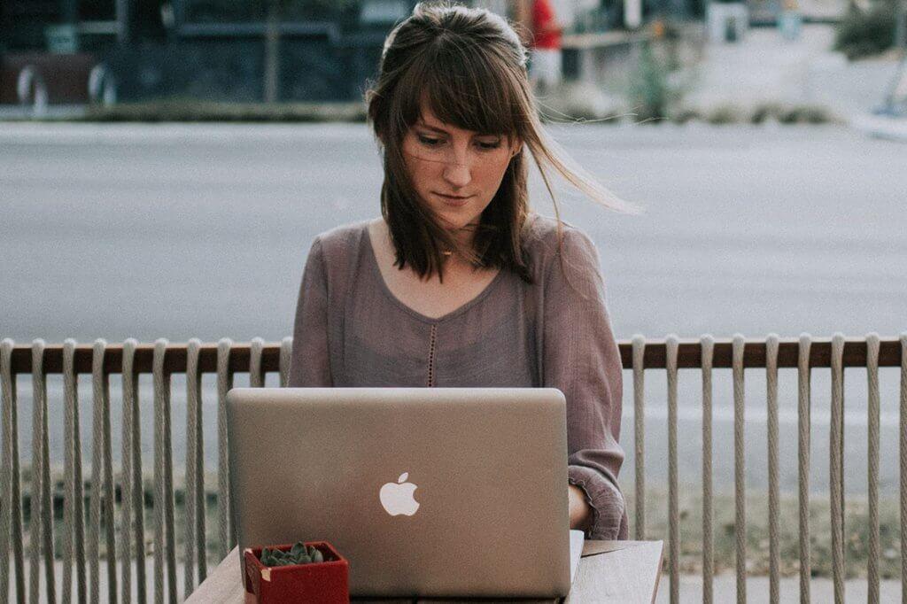 Minimalismo e carreira: menos status, mais realização