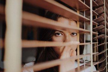 Você sempre fica na defensiva no relacionamento?
