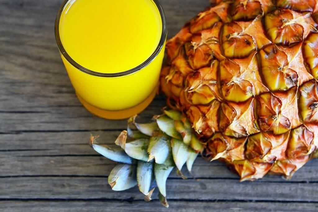 Receita de suco de abacaxi com coco seco