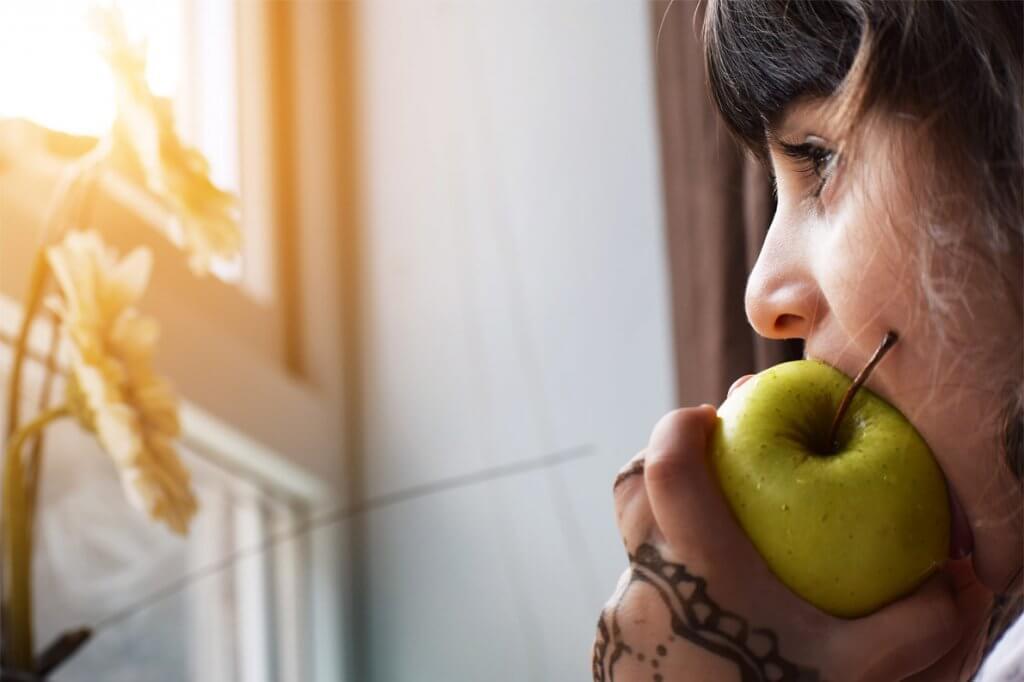 Mindful Eating reduz chances de desenvolver compulsão alimentar