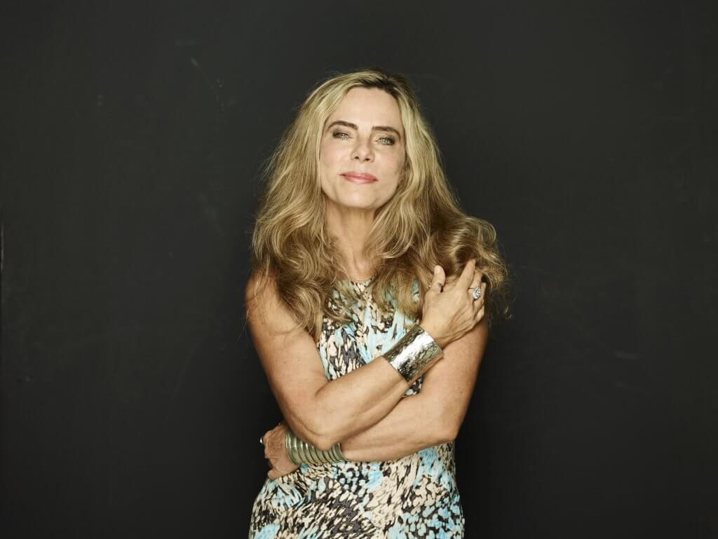 Bruna Lombardi: a beleza de descobrir a si mesma