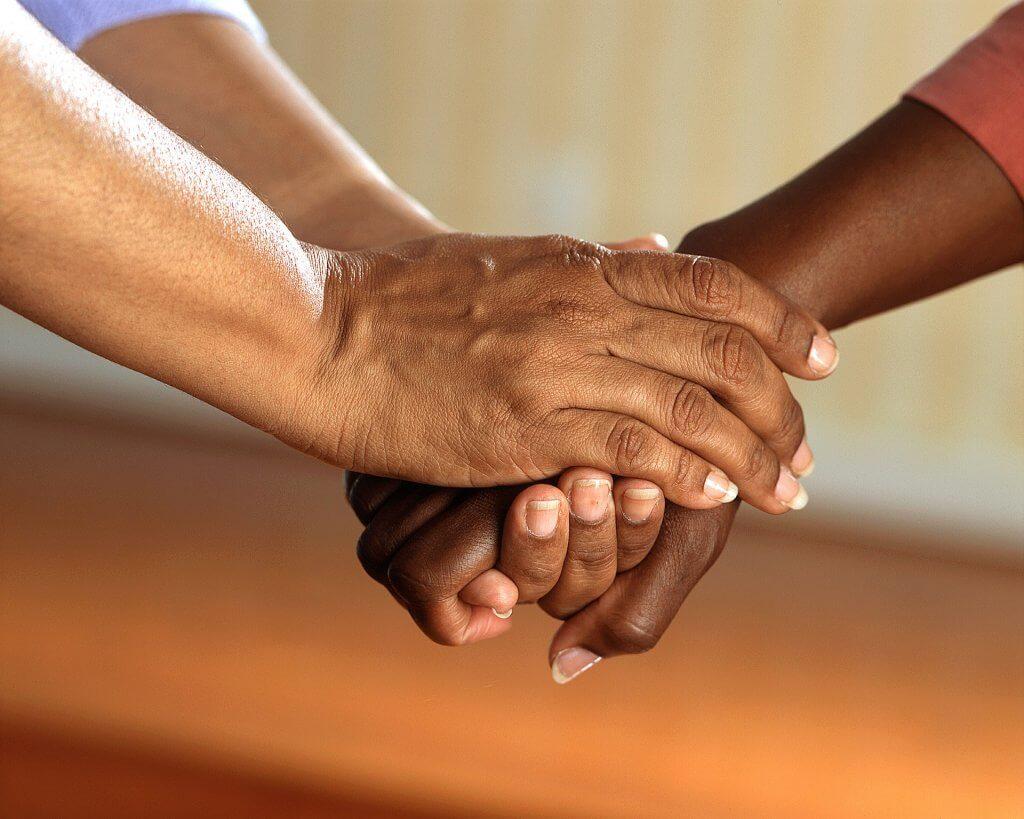 Como combater a discriminação racial no Brasil?