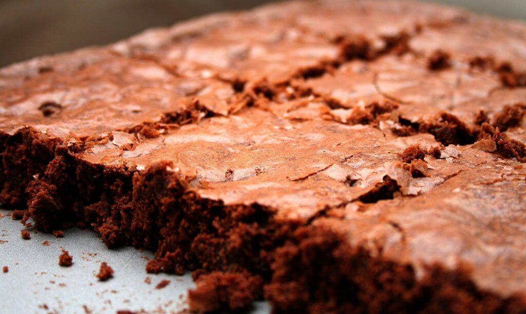 Receita de brownie de chocolate para aliviar a TPM