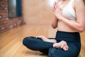 Yoga e o equilíbrio entre ter e ser