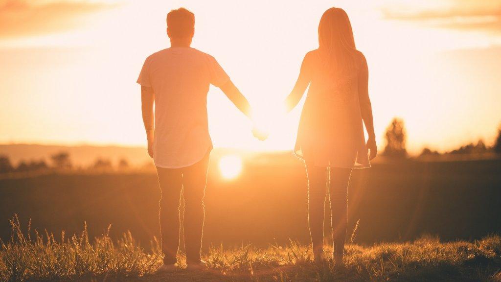 O que significa sonhar com namorado(a)?