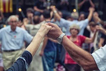 O poder das danças circulares: autoconfiança e bem-estar