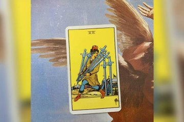 Sete de Espadas: arcano do mês para Leão