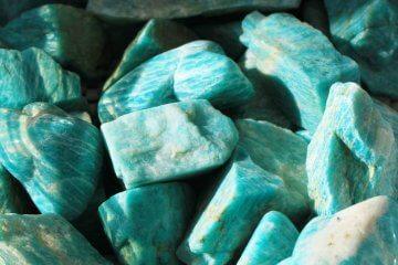 Feng Shui indica cristais e pedras para a área da família no seu lar