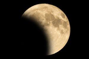 Previsões para o eclipse de 5 de junho de 2020