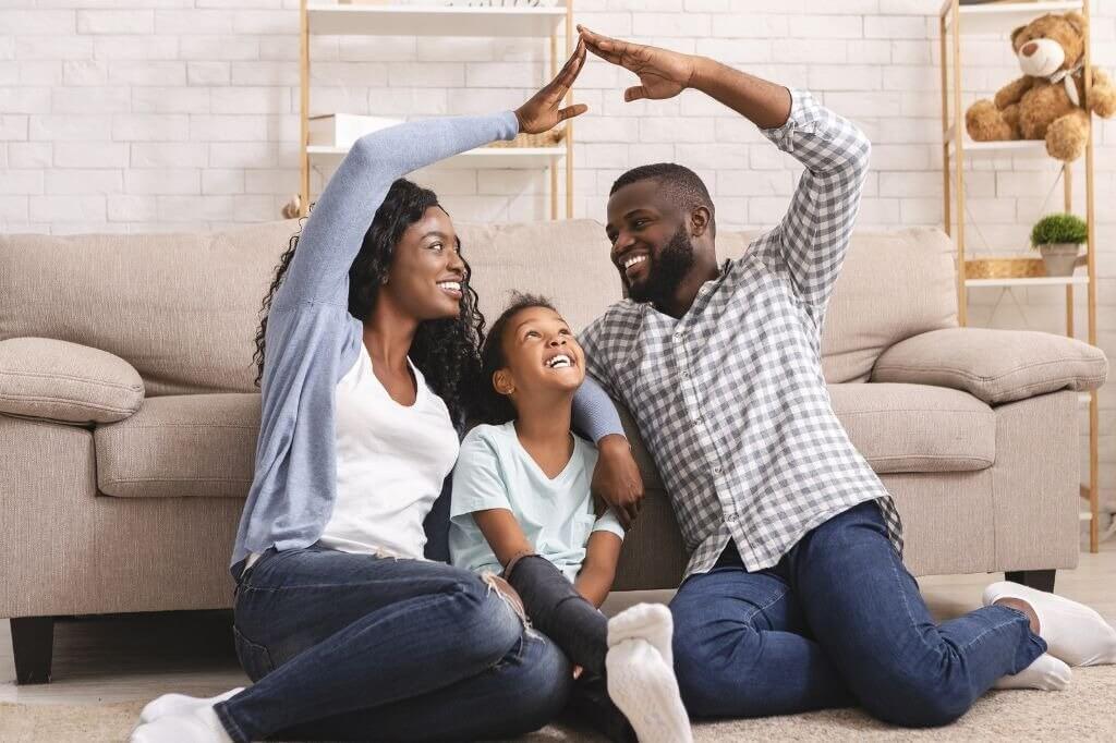 Isolamento social: dicas para ficar em casa com crianças e para quem mora sozinho