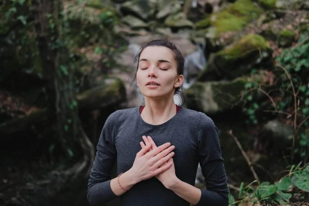 Crise de ansiedade: o que é, sintomas e como controlar