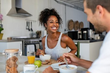 Como controlar a compulsão alimentar na quarentena com Mindful Eating