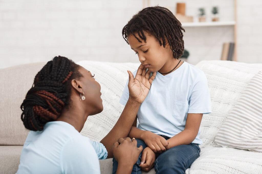 Porque os pais devem permitir que os filhos sofram