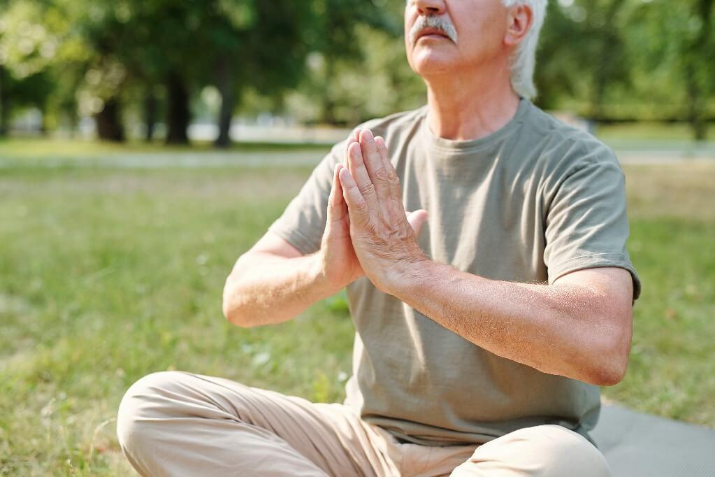 Yoga para homens: benefícios e dicas para praticar