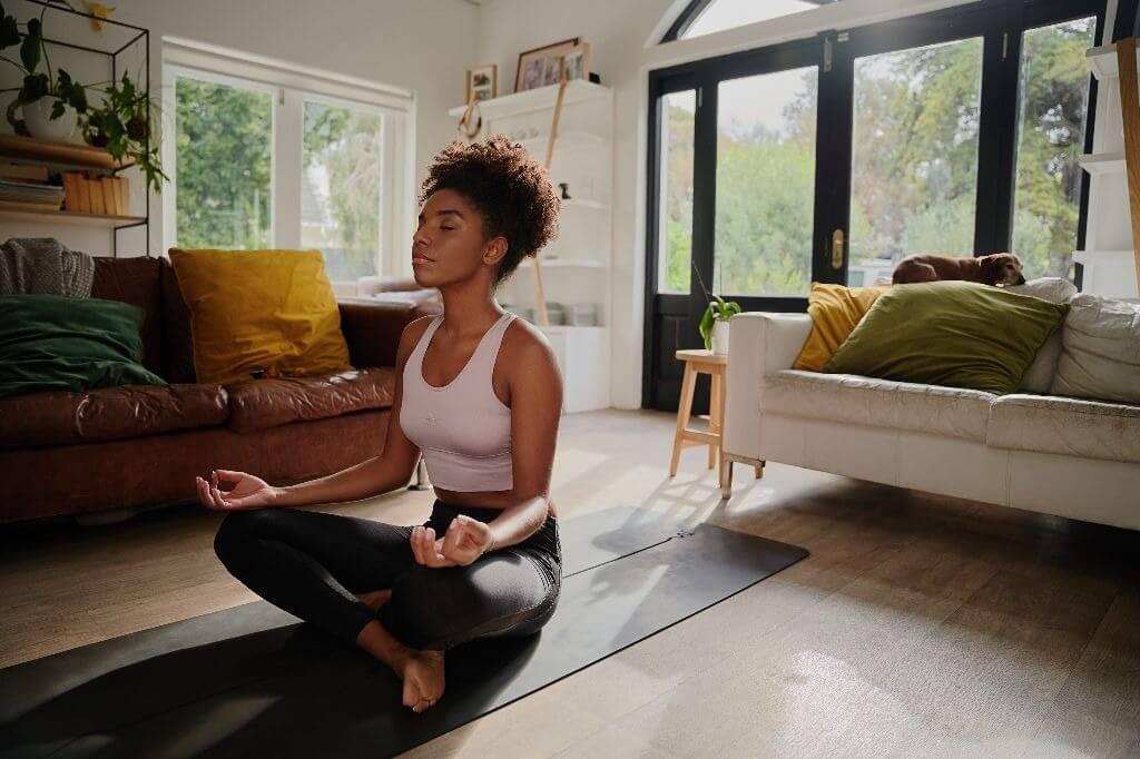 Como começar a fazer Yoga em casa