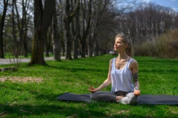 Meditação guiada de 10 minutos: como fazer e benefícios